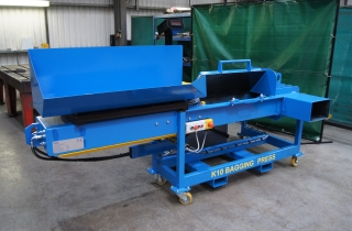 Wiper Bagging Press
